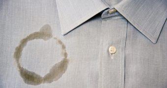 Миниатюра к статье Как можно вывести в домашних условиях жирные пятна на одежде