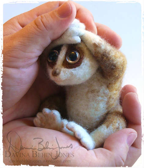 felted_slow_loris_by_dragonbehin. Валяный лори