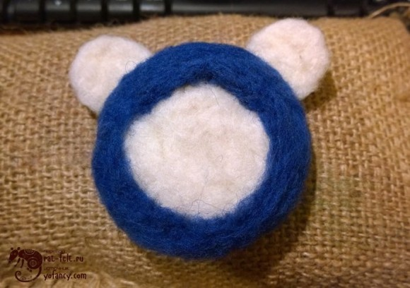 Валяние косынки для медведя