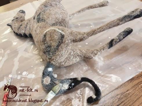 Обработка валяного коня сальвитозой