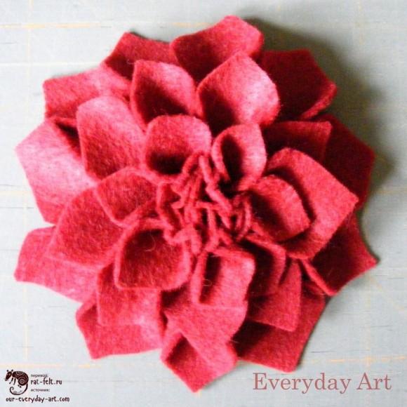 Готовая фетровая хризантема - прекрасный подарок