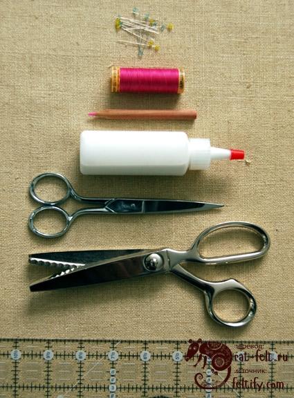 Инструменты и материалы для изготовления носков