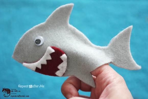 Пальчиковая кукла «Акула» из фетра