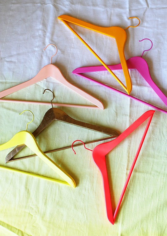 colorful-hangers