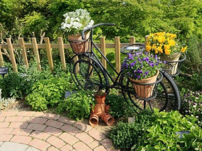 velosiped-v-sadu-4