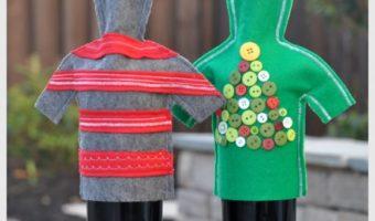 Миниатюра к статье Украшение на бутылку в виде красочного свитера своими руками