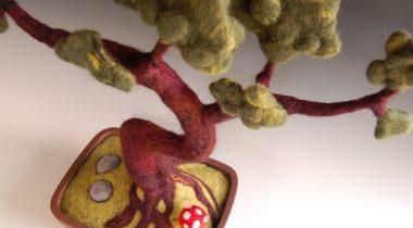 Миниатюра к статье Искусственный бонсай из шерсти своими руками